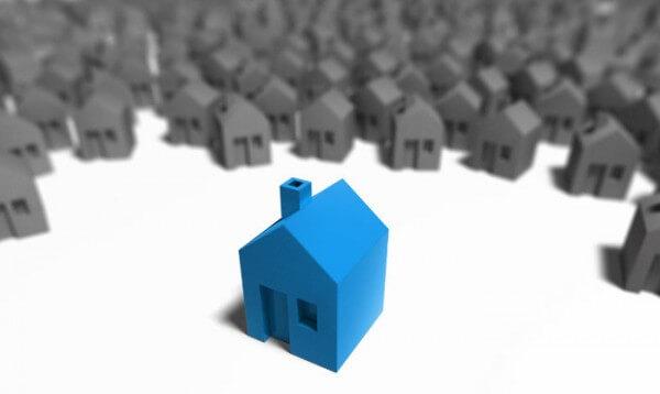 Pequeña casa azul